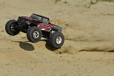Corally Triton XP Monster Truck 2WD 1/10 RTR
